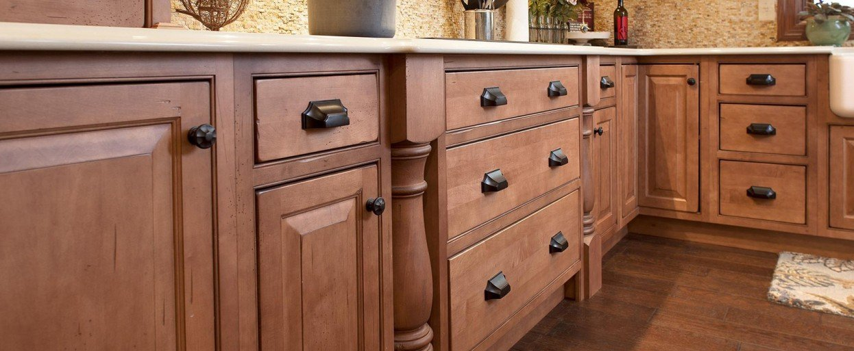 Charming ... Kitchen Island Cabinets Close Up Of Inset Wood Finish Showplace Cabinets  ... Great Ideas