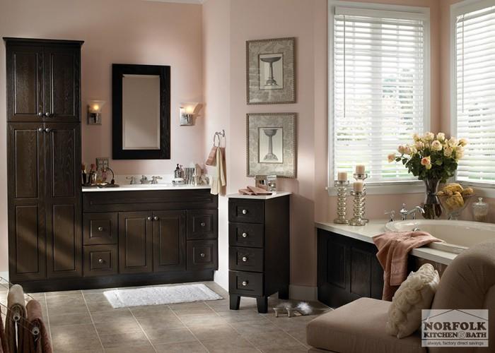 dark woodtone vanity with matching tub