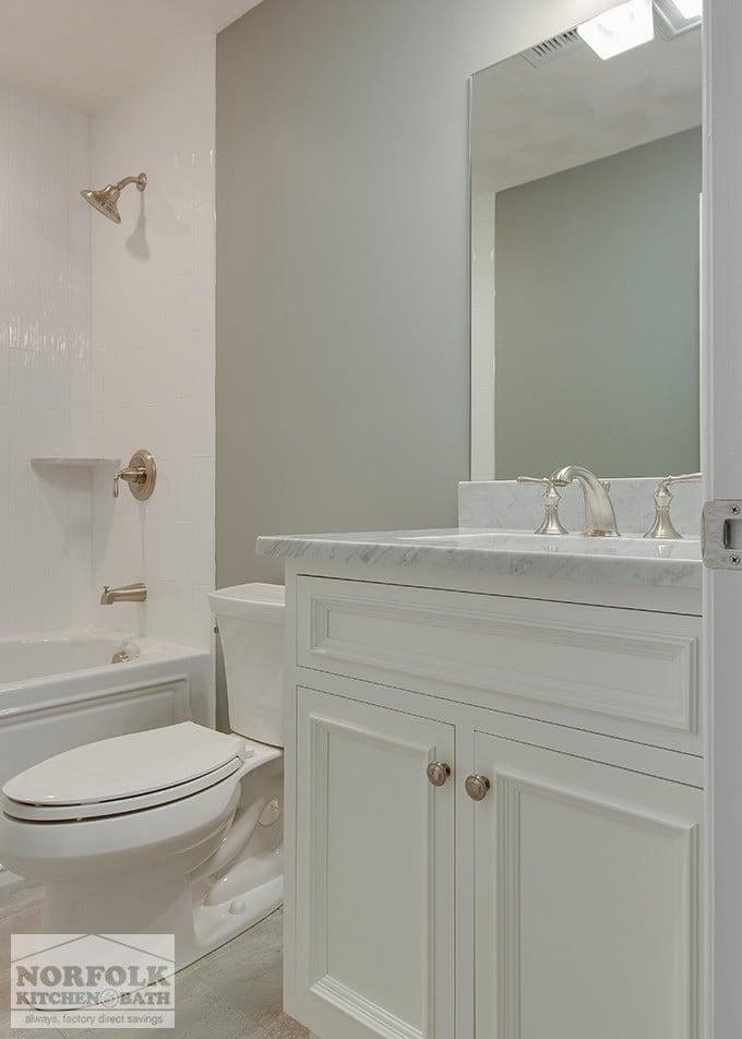 Carrara marble bathroom for Carrara marble bathroom ideas