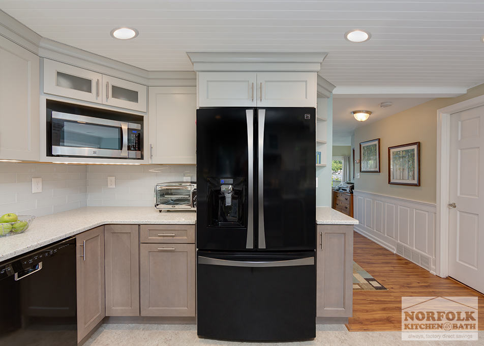 Two Tone Cottage Kitchen In Hampstead Nh Norfolk