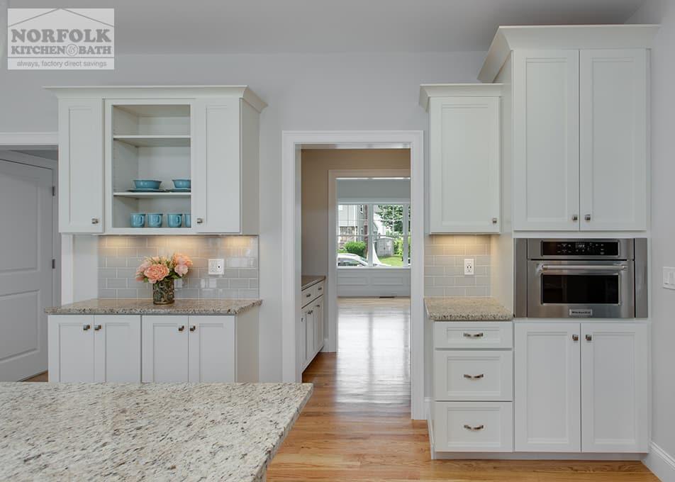 Echelon Linen Kitchen With Custom Features | Norfolk ...