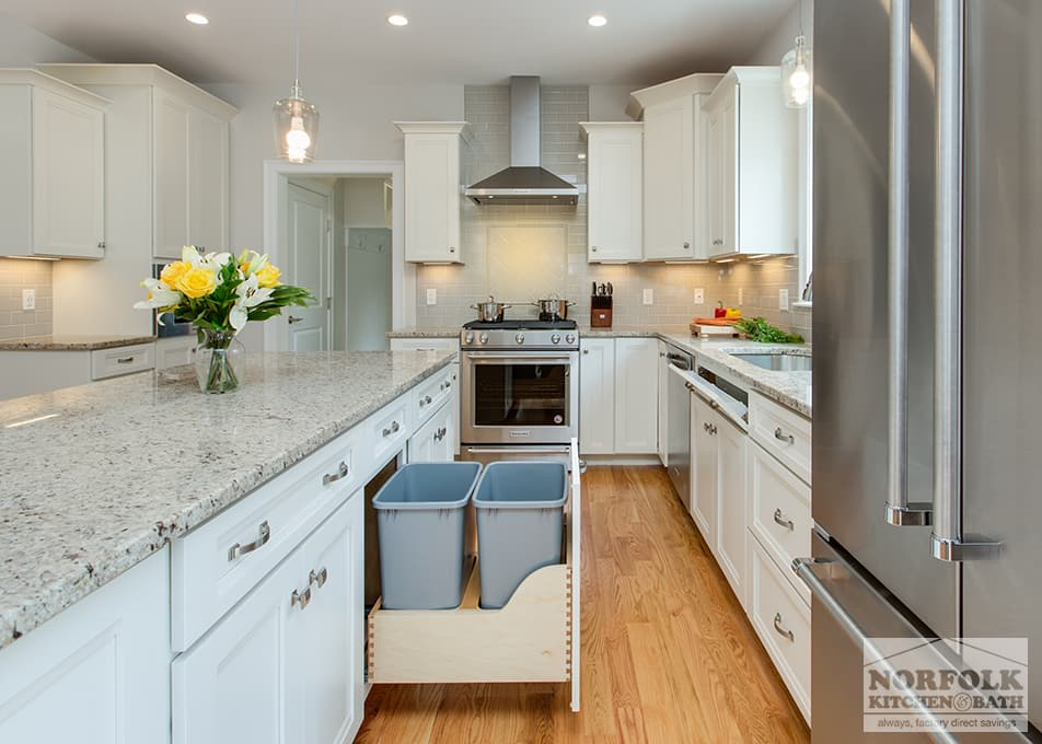 Echelon Linen Kitchen With Custom Features Norfolk