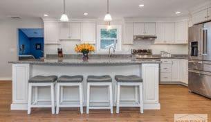 Echelon Classic White Kitchen