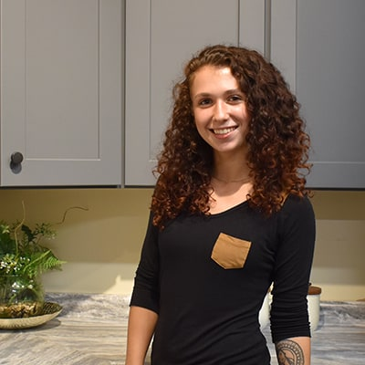 Nashua Showroom Coordinator Emily
