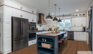 Upscale Modern Farmhouse Kitchen - Litchfield, NH